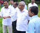 M'lore: MLA J R Lobo instructs horticulture dept to clear wild vegetation at Kadri Park