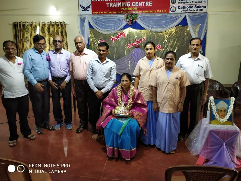 Teachers Day celebration held at Manasa Pamboor