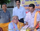 Kundapur: Veteran Entrepreneur Solomon Soans Expresses Concern over Youth Glued to Internet