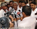Mangalore: MLA J R Lobo assures of addressing Grievances of Fishermen at Old Port