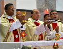 Udupi: Bishop Gerald Lobo concelebrates Annual Feast Mass in the Mother of Sorrows Church