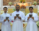 Mangalore: Jezu Mhaka Zai, Konkani devotional Hymns album Released