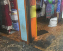Bantwal: Miscreants try to set ablaze cloth shop at B C Road