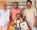 Moodbidri: Alangar parish priest Fr Basil Vas felicitated for community building