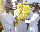 Udupi: Large Number of Pangla Parishioners accord a warm welcome to Jericho Cross