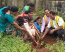 Udupi: St Lawrence Edu Institutions Moodubelle celebrate I-Day by planting medicinal plants