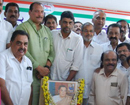Mangaluru: Congress pays rich tributes to former PM Rajeev Gandhi on his death anniversary