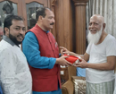 Mangaluru: MLC Ivan D'Souza makes personal donation to kith of victims of police firing