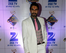 Mumbai: Sandip Soparrkar declared Best Dressed Man at Zee Rishtey Awards
